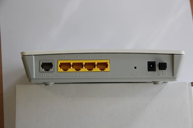 Router 4 Ports